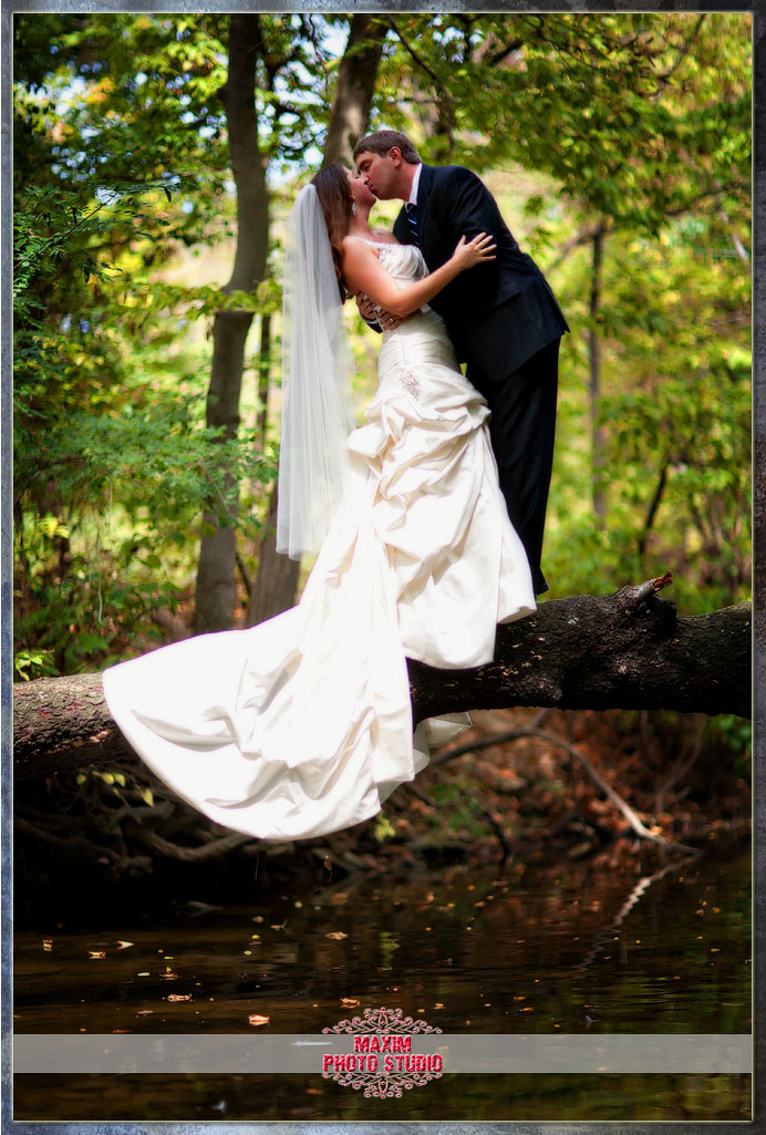 Maxim Photo Studio photographed the trash the dress photo1 at Sharon Woods