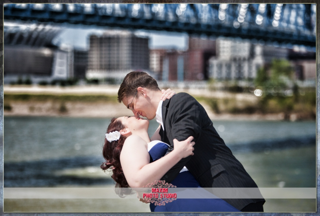 Maxim Photo Studio photographed a great engagement in Covington KY