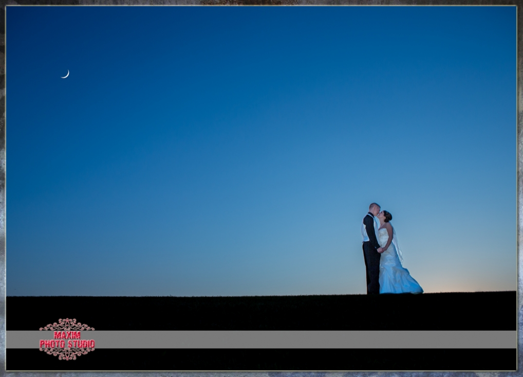 amazing wedding photo shaker run ohio by maxim photo studio