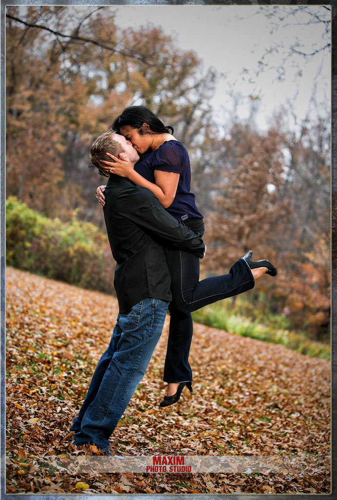 Inniswood engagement columbus ohio wedding couple