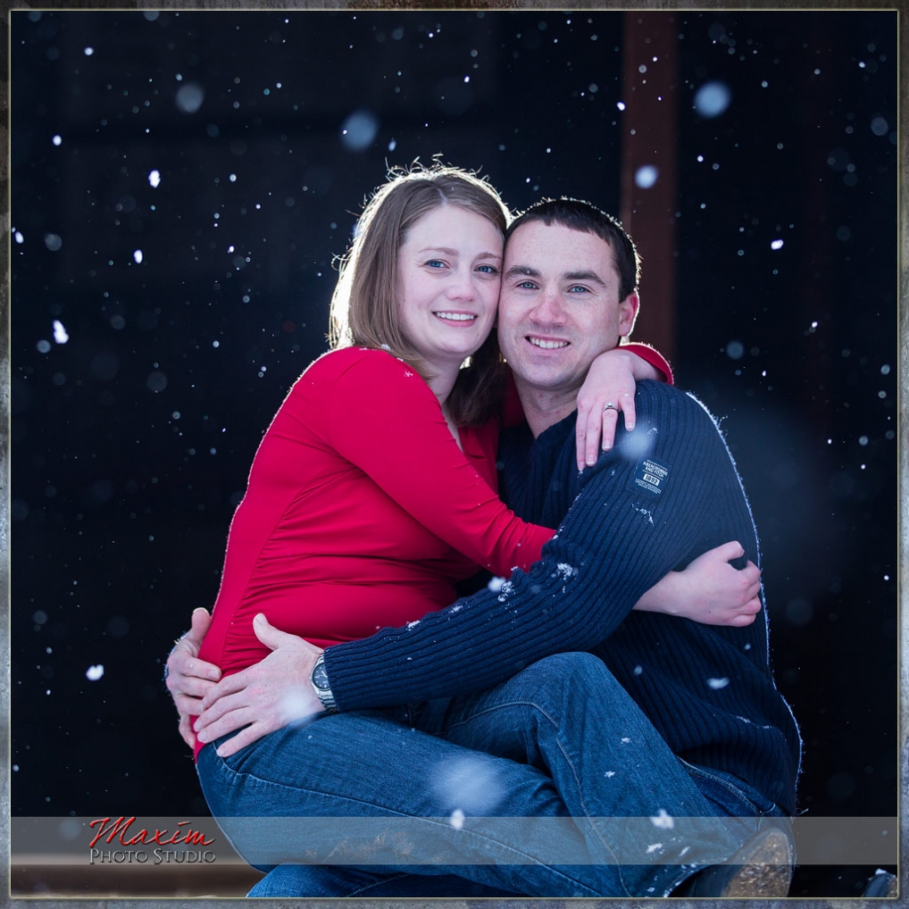 snow engagement cincinnati photo