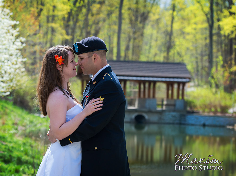 Wedding images from Hills and Dales Park in Dayton