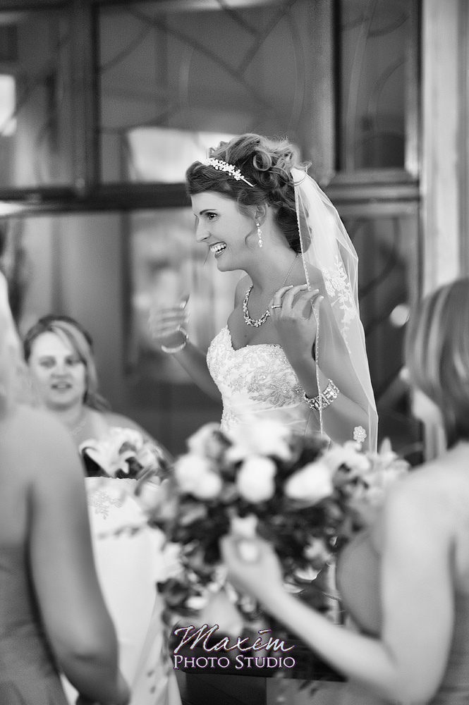 Columbus Athenaeum wedding Bride